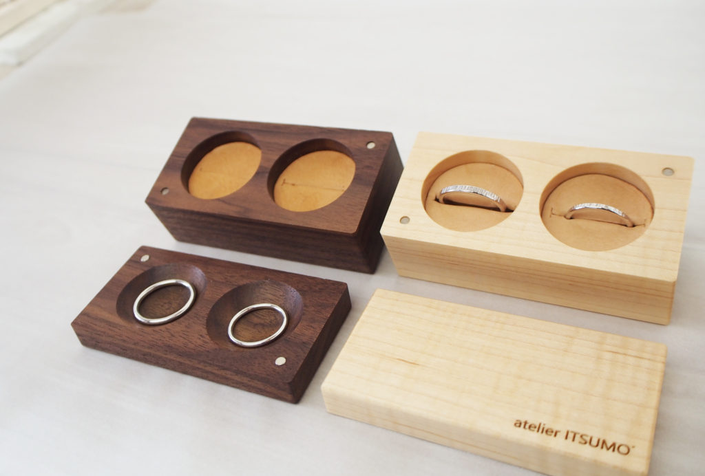 ふたりで作った結婚指輪の家での定位置、リングケース