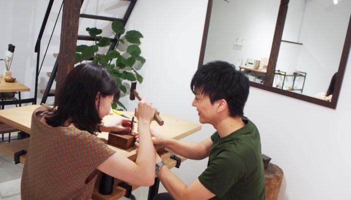 ふたりで手作りする結婚指輪制作中