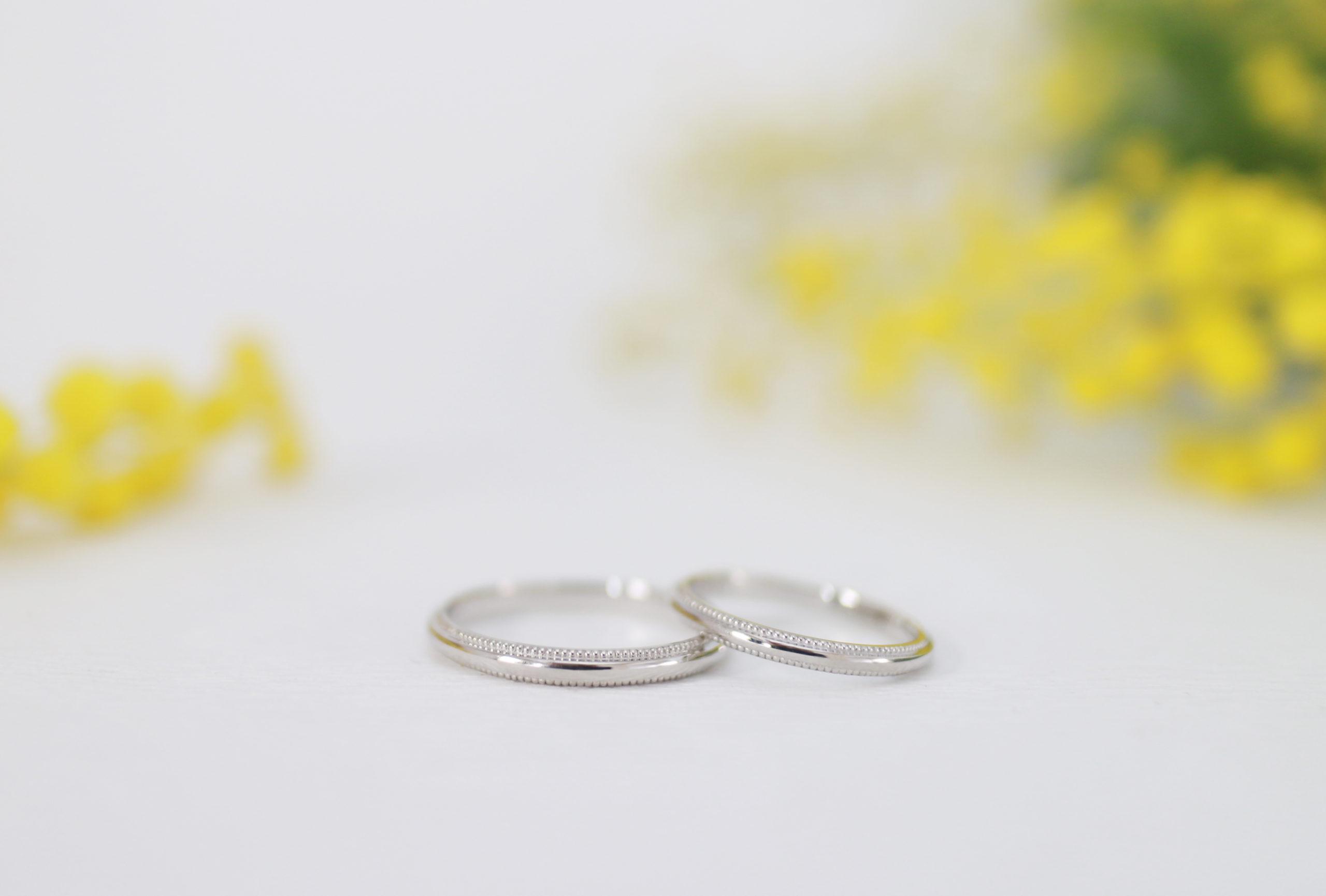 ミル打ちの入った結婚指輪