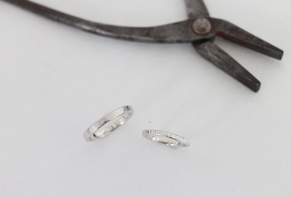 テクスチャが入った結婚指輪