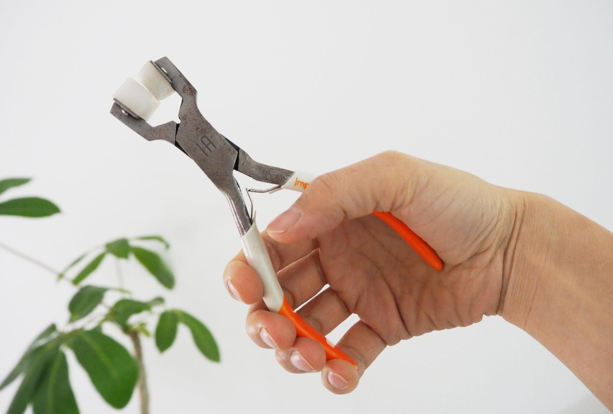 結婚指輪を手作りするときに使用する工具(プライヤー)
