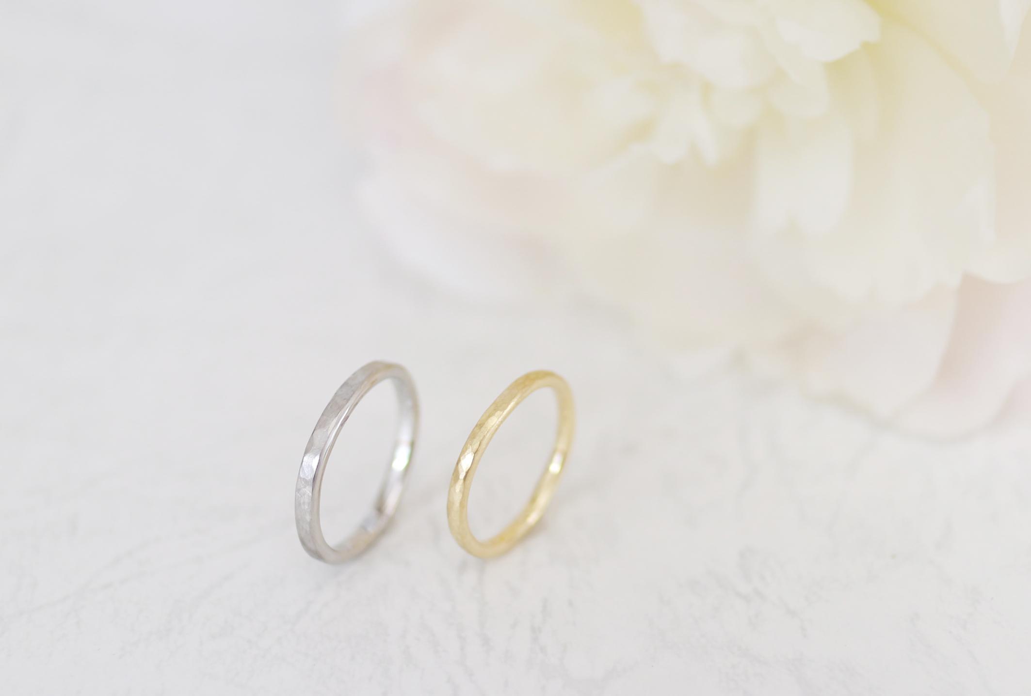 鎚目とつや消しの手作り結婚指輪