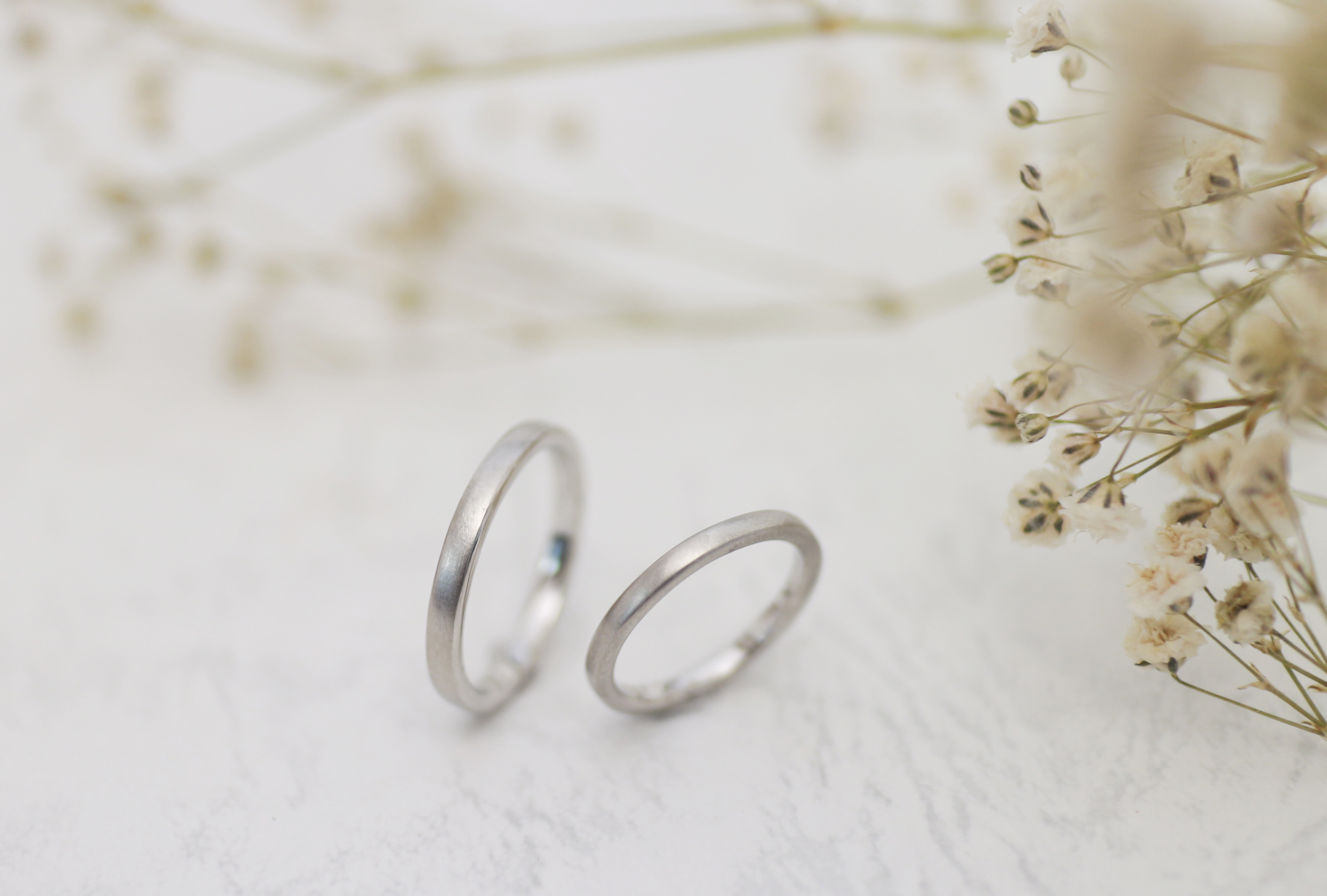 ふたりで手作りしたつや消しの結婚指輪