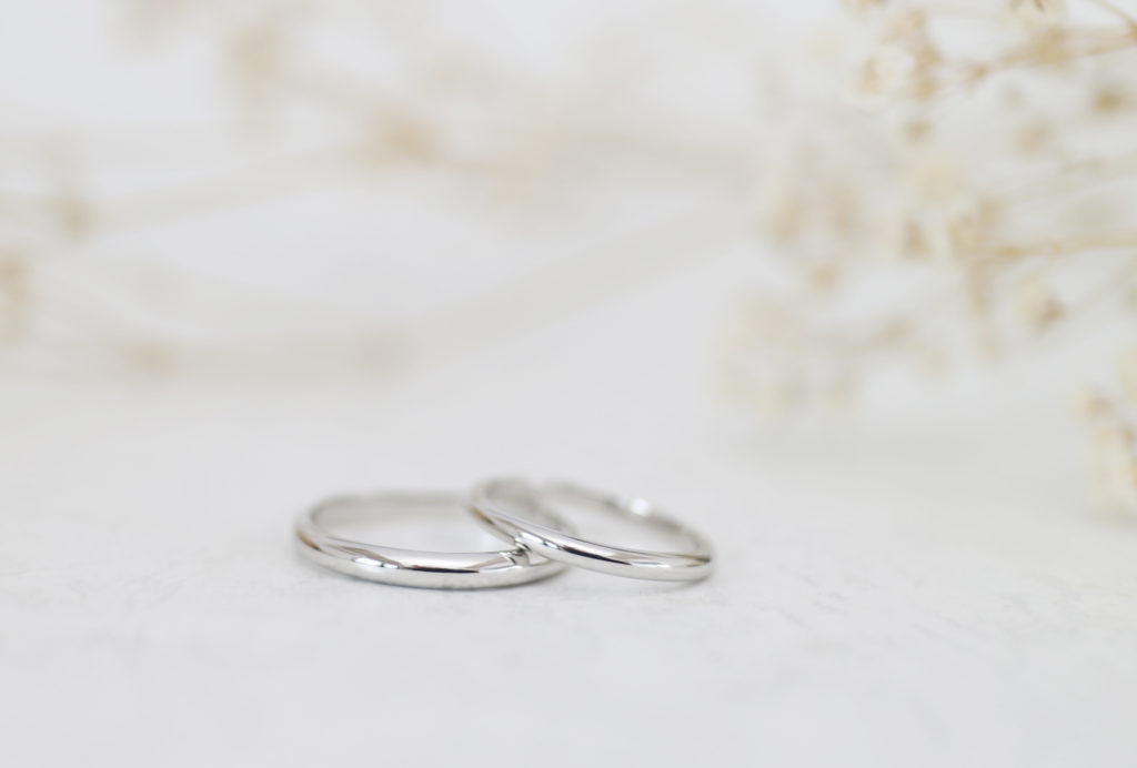ふたりで手作りしたシンプルな結婚指輪