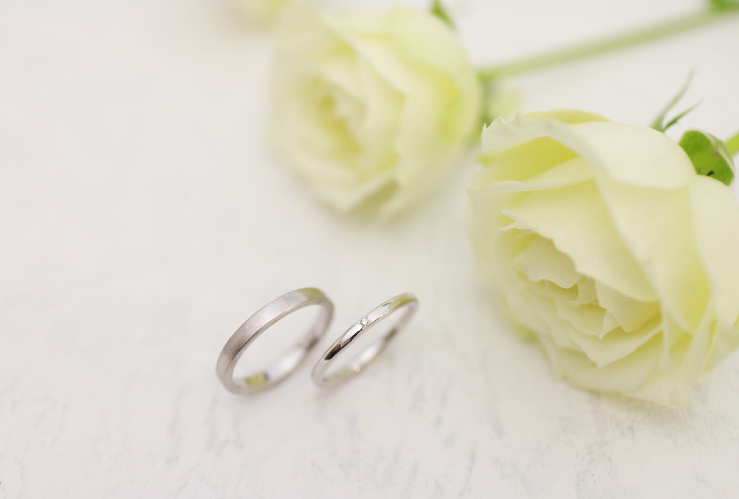 同じ形でテクスチャー違いの手作り結婚指輪