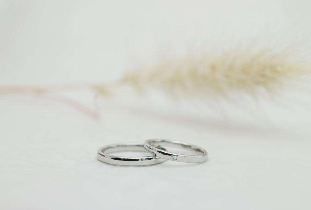 好みの形に削り出した手作り結婚指輪