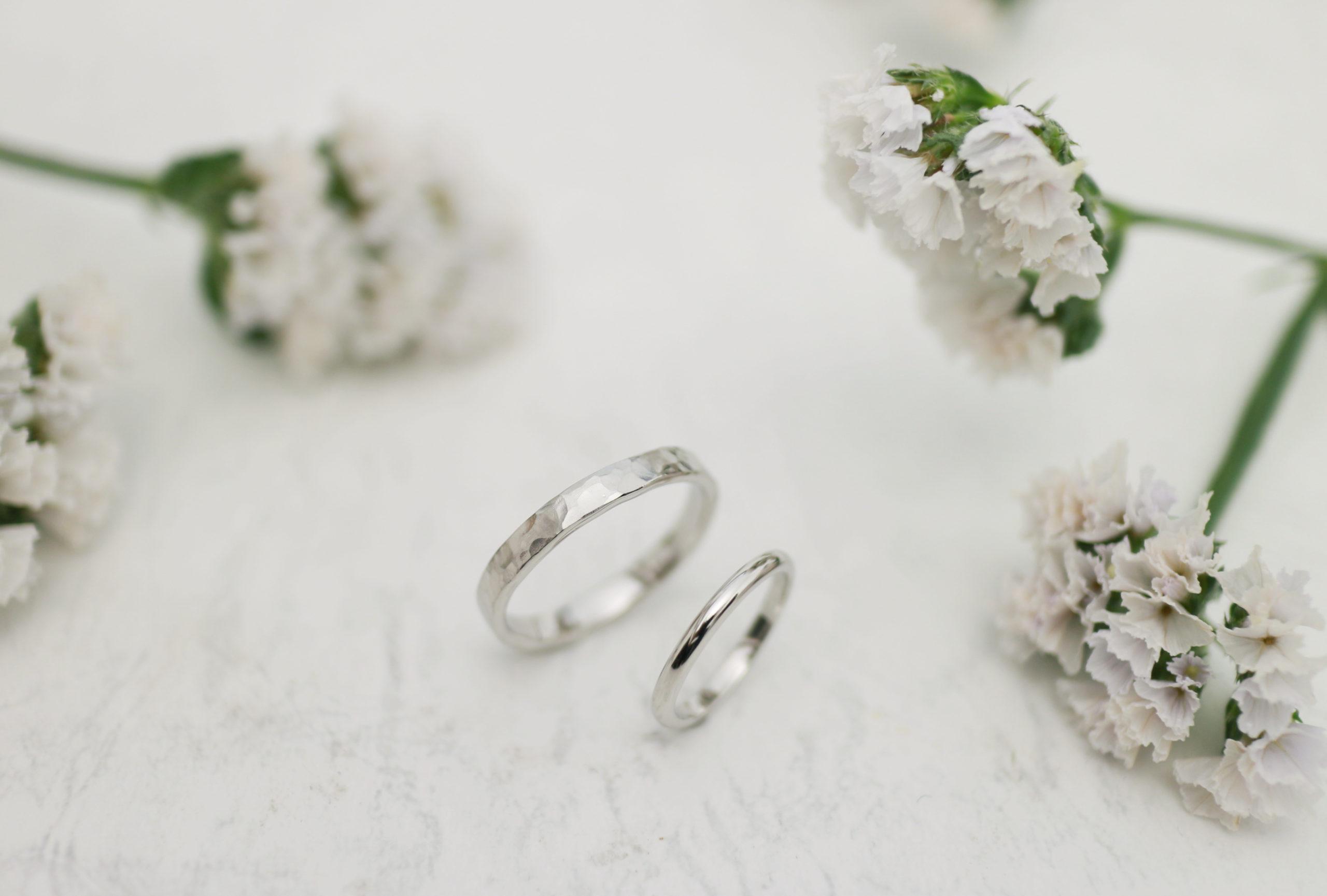 大きさがかなり違う手作り結婚指輪