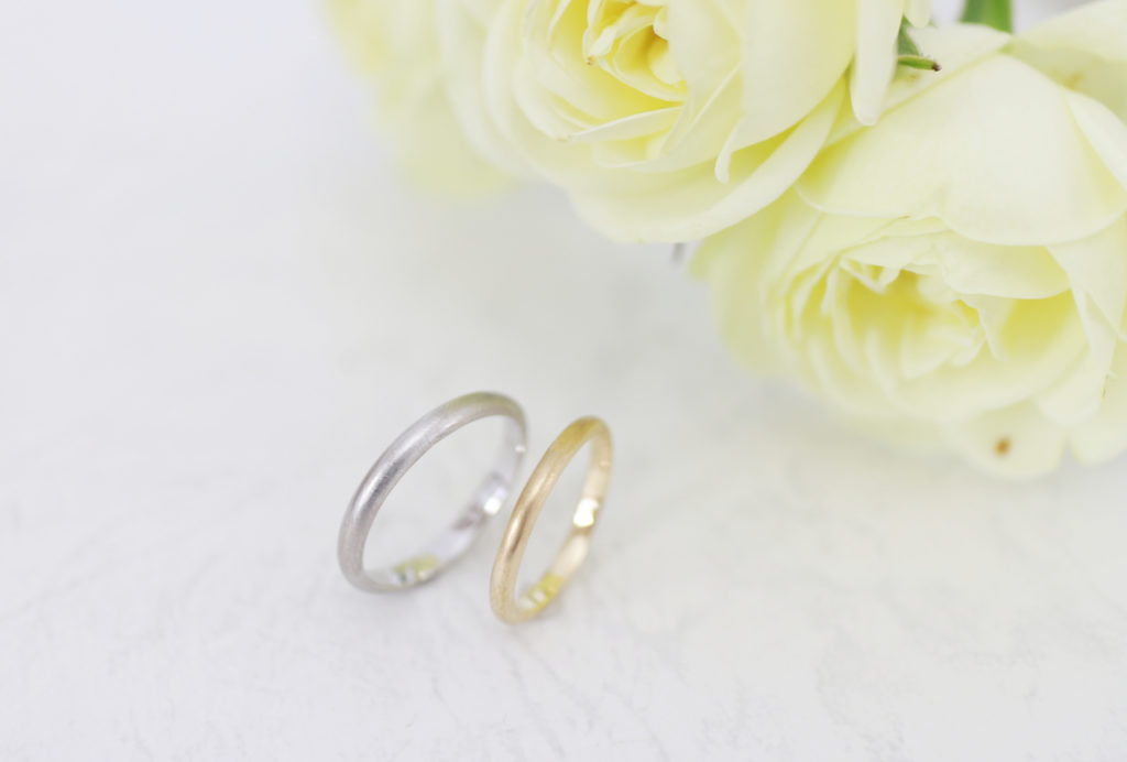 つや消しの手作り結婚指輪