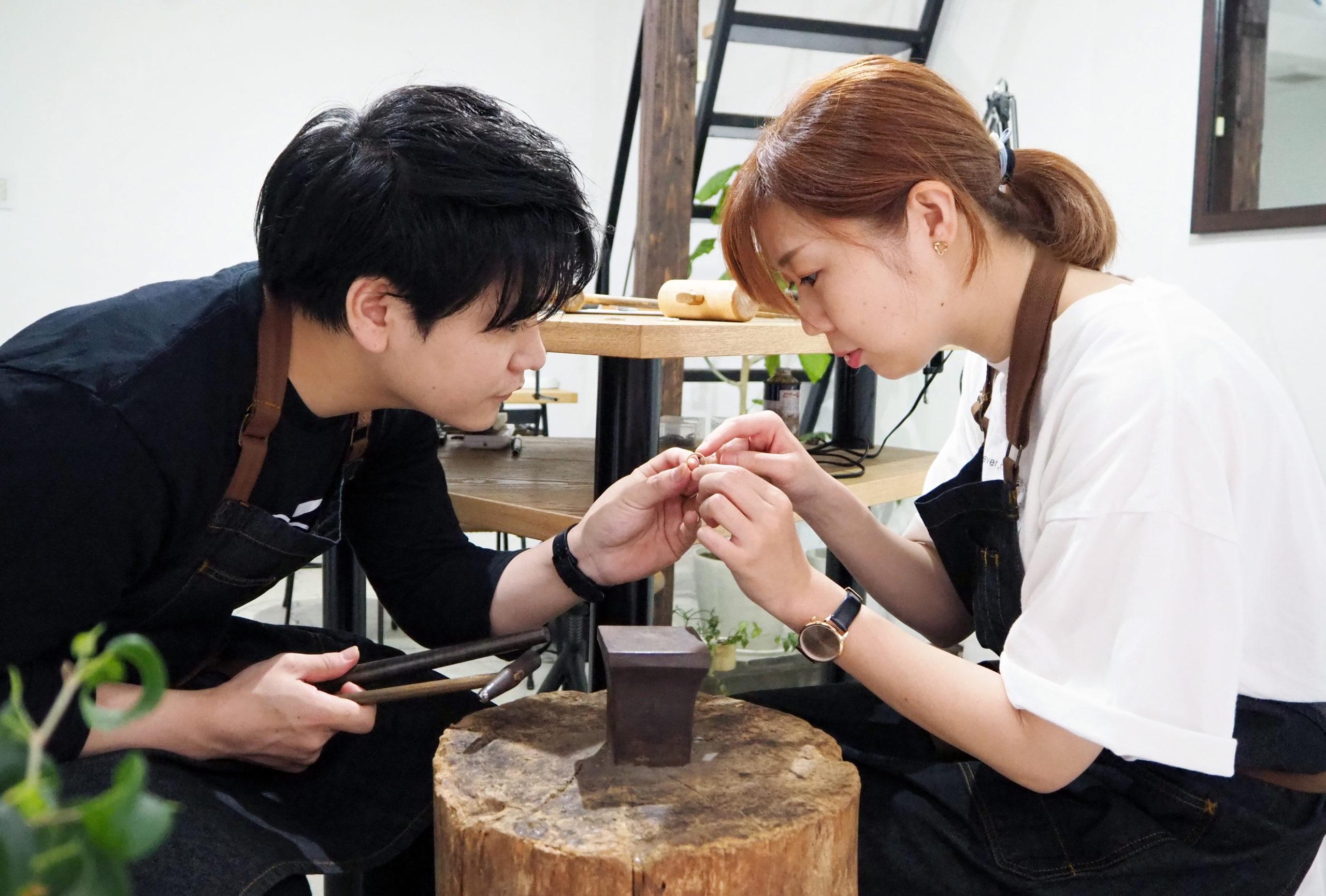 思い出と結婚指輪を手作り